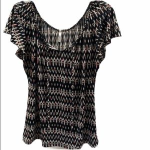 Women's PassPort top in size large
